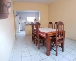 Casa a venda no Edson Queiroz
