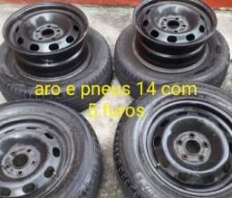 Aro 14 com 5 furos e pneus