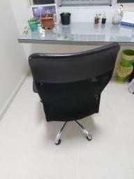 Título do anúncio: Mesa e Cadeira de Escritório