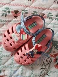 Lote 2 pares de calçado tam 23