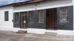 Oportunidade Casa próximo a Rua Pinto Madeira