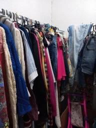 Título do anúncio: Lote roupas semi novas e peças novas