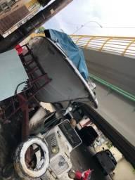Lancha com suite para restaurar mais carreta
