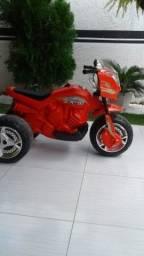 Vendo moto infantil eletrica