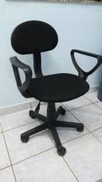 Título do anúncio: Cadeira pra escritório.