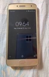 Título do anúncio: Moto G5 Plus 32GB dourado