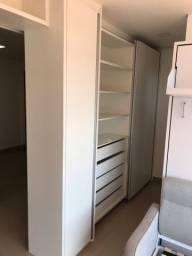 Guarda roupa em MDP 3 portas e 5 gavetas