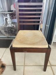 Título do anúncio: Cadeira de madeira 2 unidades