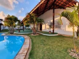 Linda Casa na Praia da Tabuba, 03 quartos. 200 metros do Mar.