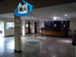 Título do anúncio: EXCELENTE ponto comercial no Boqueirão, com amplo salão. Ideal para restaurante, padaria.