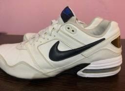 Tênis Nike Original em Couro
