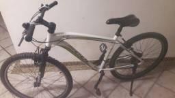 Título do anúncio: Vendo ou troco em algo do meu interesse bike  tá nova