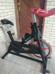 Título do anúncio: Bicicleta spinning profissional