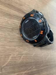 Relógio speedo preto e laranja