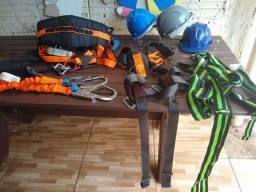 Cinto paraquedas para trabalhar em altura