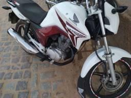 Título do anúncio: Vendo moto titan 2014
