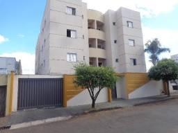 Apartamento para alugar com 3 dormitórios em Umuarama, Uberlandia cod:L38372