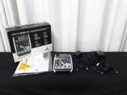 Mesa de som Xenyx Q502 USB