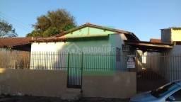 Casa Enorme 3 Quartos Sendo 1 Suite- Boa Localização Próximo a Avenida Julio Campos