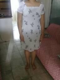 Vestido crepe fino bordado