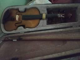 Vendo ou troco violino 4/4 lindo por violão