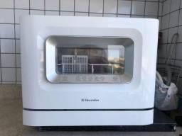 Lava-louças Eletrolux