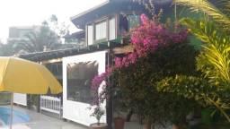 Casa estilo sítio em Condomínio - Vale dos Cristais