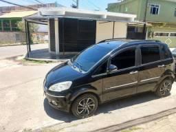 Fiat Idea em perfeito estado - 2013