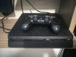 PS4 Slim 500GB 1 Controle + Jogos! VENDO OU TROCO POR PC GAMER