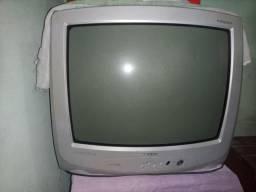 Vendo tv toshiba 20 polegadas pra reutilização das peças