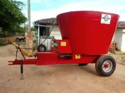 Vagão misturador e distribuidor de ração animal