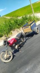 Vendo moto com reboque ( ou troco por moto alta)