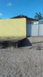 Casa em Mangabeira com 02 quartos