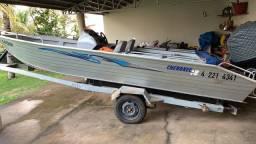 Barco Cherokee Fluvimar 90 HP
