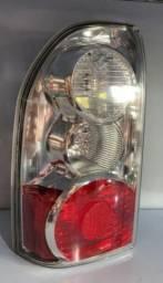 Lanterna Traseira Suzuki Vitara E Traker 2009/2014