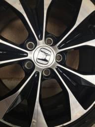 Vendo Jogo de pneus