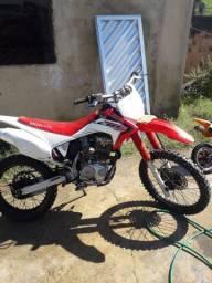 Crf 230 moto de trilha