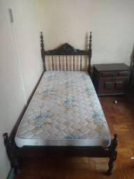Vendo cama de solteiro