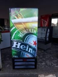 Vendo cervejeira pra quatro caixas e meia Voltaguem 110 vts