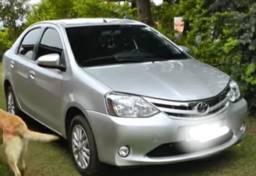 Toyota Etios 1.5 Sedan prata 2014 xls