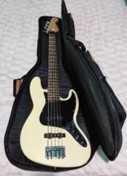 Título do anúncio: Baixo Fender Jazz Bass Deluxe 5 Cordas MIM