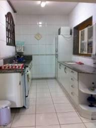 Título do anúncio: Casa à venda, 4 quartos, 2 suítes, 3 vagas, Floresta - Belo Horizonte/MG
