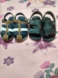 Vendo 2 sandalinhas da Cartago infantil