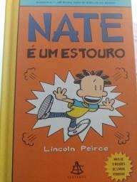 """Livro """"Nate é um estouro"""""""