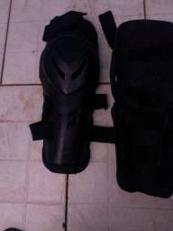 Protetor de joelhos para moto