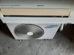 Título do anúncio: Ar-condicionado Samsung inverter 9000 Btus