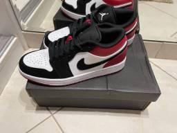 Tênis Nike Air Jordan 1 Low Black Toe - Tam 38 DS