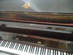 piano vertical niendorf castanho