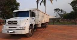 Título do anúncio: =Caminhão boiadeiro-Mercedes benz