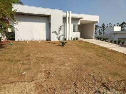 Título do anúncio: Casa Em Obras Com Excelente Localização No Ninho Verde 1